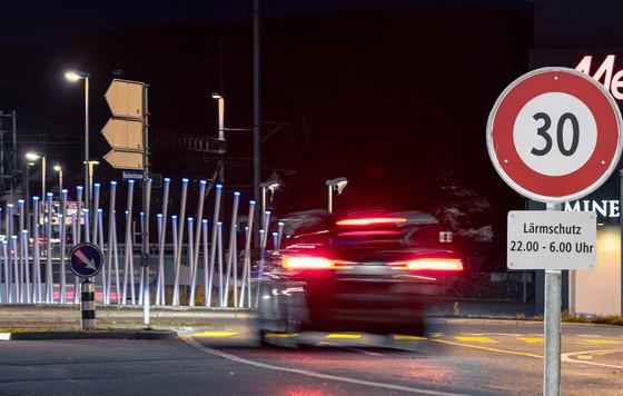 Tempo 30 in der Nacht in ganz Aarau