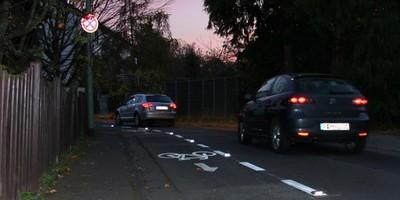"""""""Bessere Sicht bei schlechtem Wetter-bessere Markierung der Strassen mit Spots"""""""